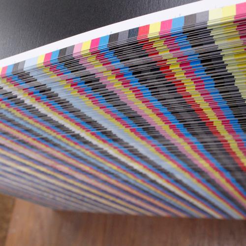 印刷なら敷島印刷の仕事風景